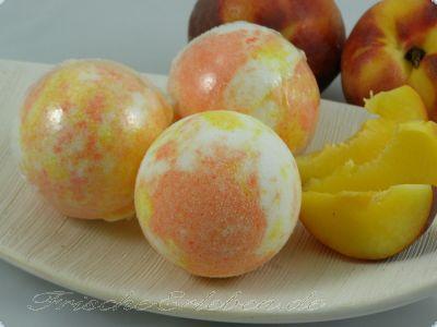 Badebombe Pfirsichblüte